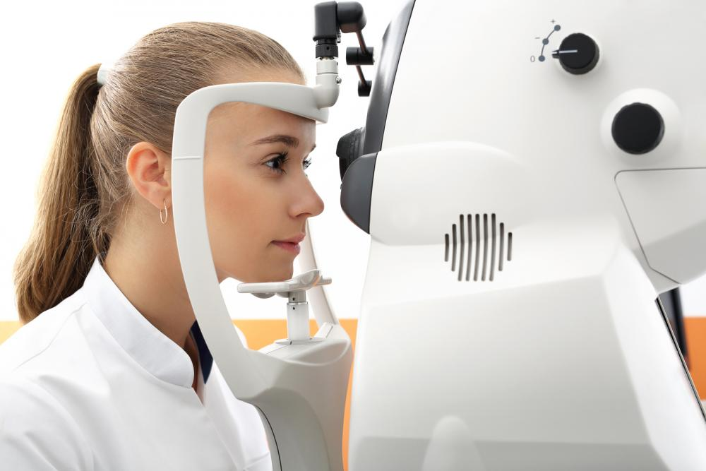 Ophthalmologist For Nearsightedness in Raleigh, NC